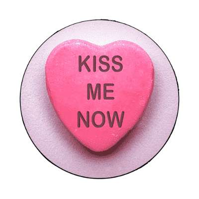 kiss me now valentines day heart candy magnet